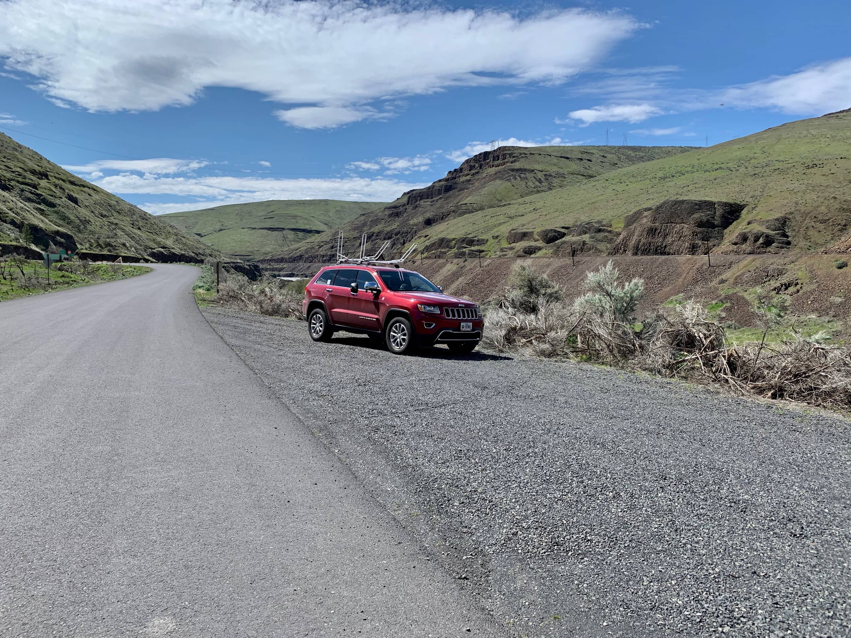 Parking spot on shoulder of the road near Sherar's Falls on the lower Deschutes River.