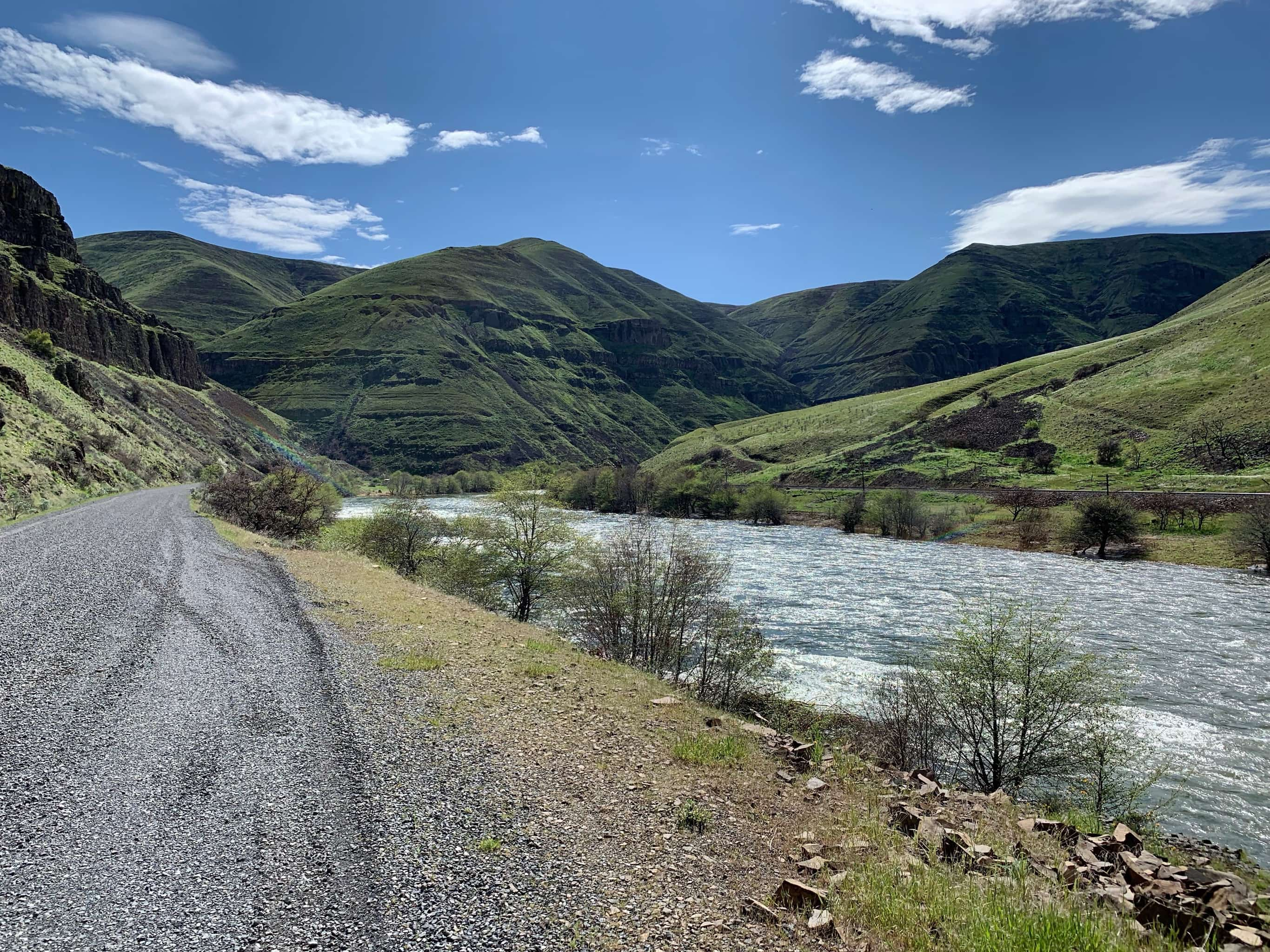 Gravel road paralleling the lower Deschutes River near Maupin, Oregon.