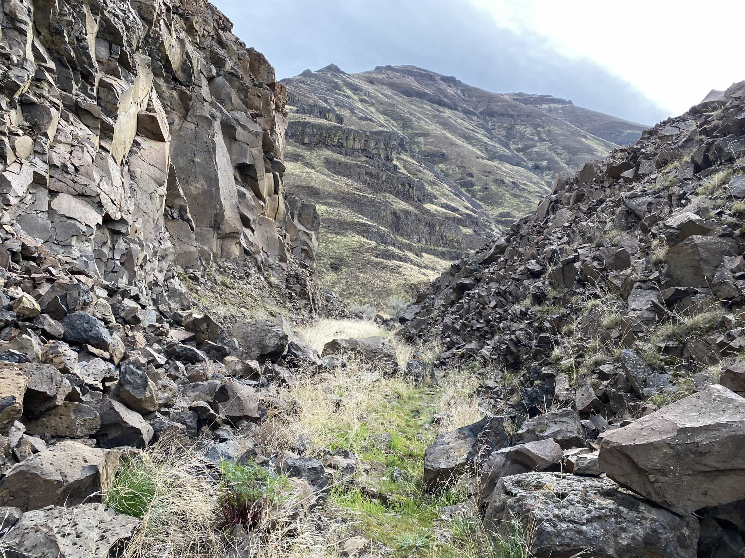 The very rugged single track section of the Old Railway Trail along the Deschutes River near Macks Canyon.