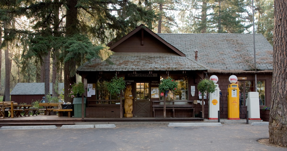 The Camp Sherman General Store in Oregon.