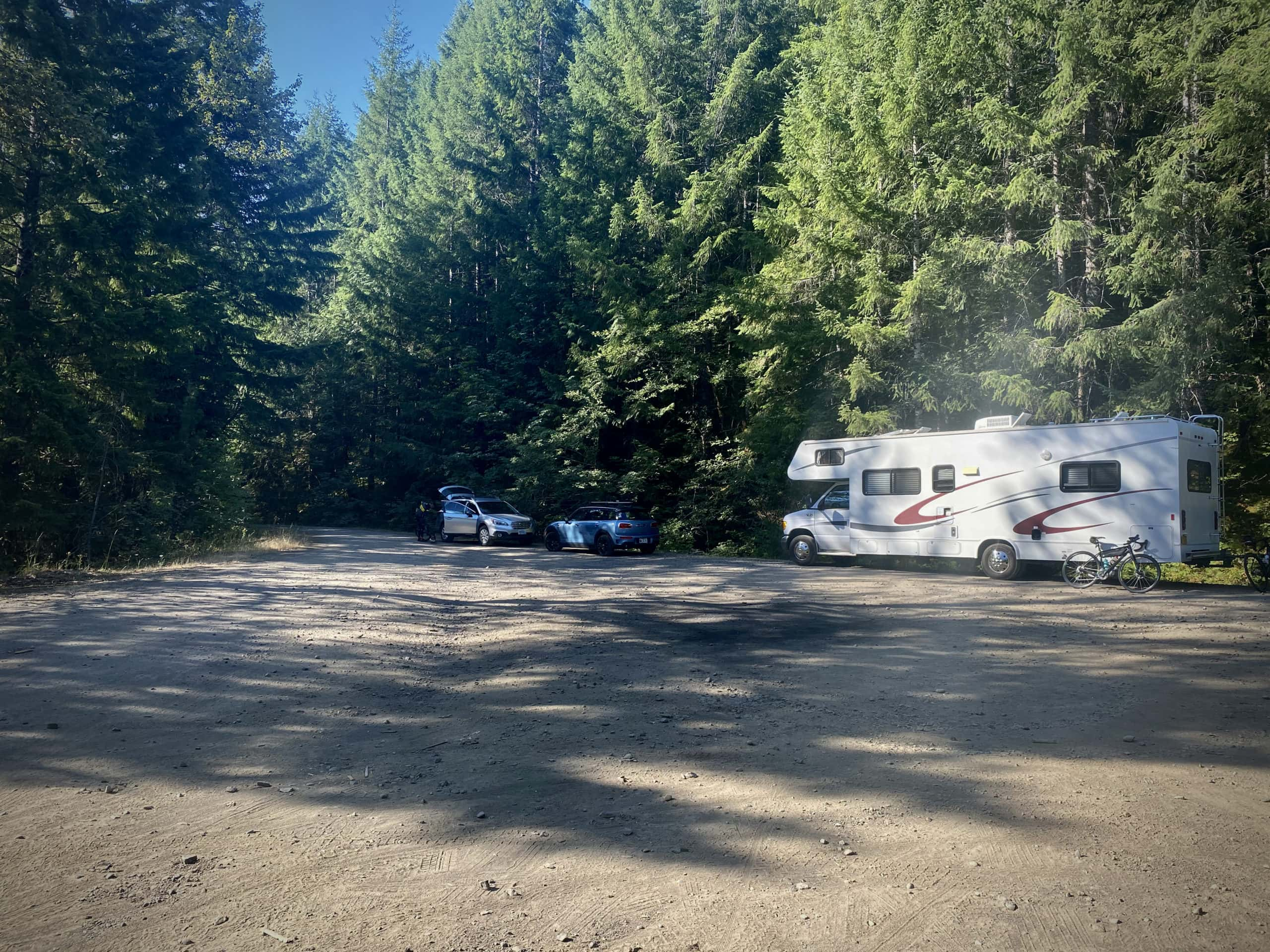 The parking area for the Dirty Freehub route Cool & Shady near Oakridge, Oregon.